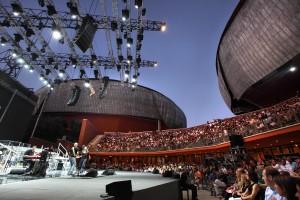Roma, Auditorium Parco della Musica 12 07 2009 Luglio Suona Bene 2009 Anastacia in concerto. nella foto: apre la serata Irene Fornaciari. ©Musacchio & Ianniello